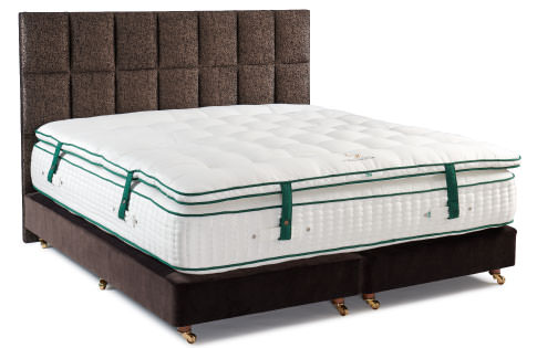 Enchanted-House-Burrator-Bed-With-Mattress-Topper